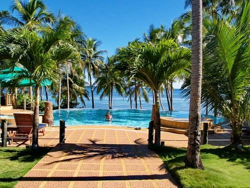 Anda White Beach Resort